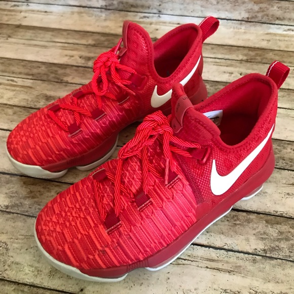 8d5cfeb7ff31 Nike Shoes | Kd 9 Kevin Durant Youth Boys Size 4 | Poshmark